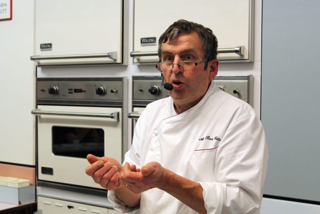 Chef cuisinier intervenant à l'occasion de l'événement Noël et ses menus de fête en principauté de Salm