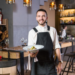 Commercialisation et service en restauration
